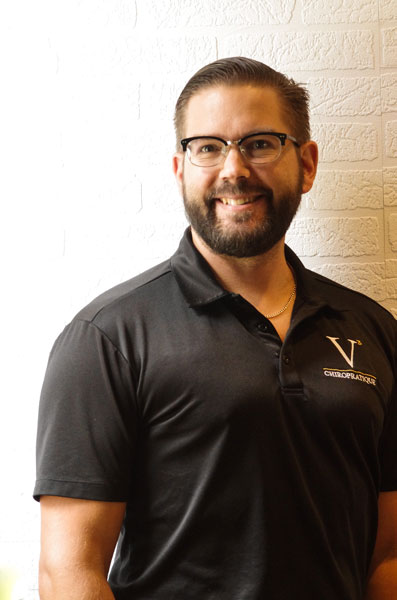 Dr Yohann Stoycheff, Chiropraticien D.C.
